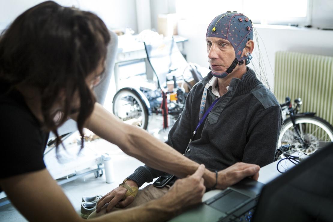 Участник соревнования атлетов с бионическими девайсами Cybathlon в Швейцарии