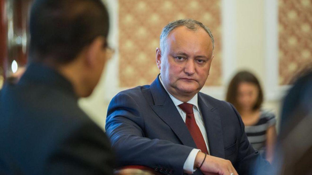 Додон назвал пустыми угрозы спикера парламента объявить ему импичмент