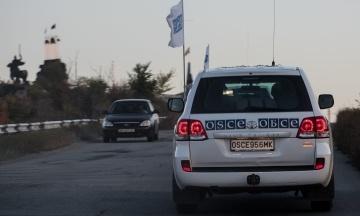 Координатор місії ОБСЄ уперше відвідав українських заручників у в'язницях Донецька. Він спілкувався з ними сам на сам