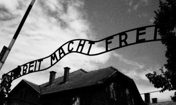 В Мюнхене умер последний из вызволителей концлагеря Аушвиц