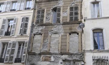 Во французском Марселе массово разрушаются исторические здания. За несколько месяцев власть отселила сотни людей
