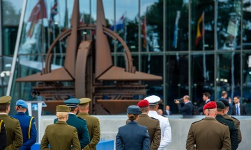 «Угрозы Москвы — неприемлемы». В НАТО отреагировали на заявления Путина о взятии на прицел стран ЕС и США