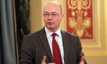 Три міністри Великої Британії подали у відставку через Brexit