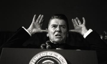 Експрезидента США Рейгана звинуватили в расизмі. У 1971 році він назвав «мавпами» танзанійських делегатів в ООН