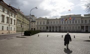 Литва скасовує карантин, але деякі обмеження продовжать діяти