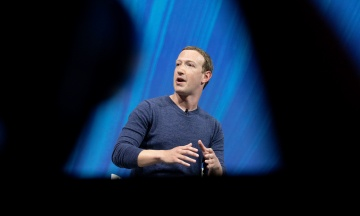 Цукерберг зобов'язав менеджерів Facebook перейти на Android-смартфони. Усе через інтерв'ю глави Apple