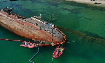 Міністр Криклій: Приватна компанія запропонувала підняти танкер Delfi, інша — за це заплатити