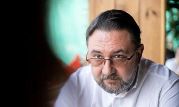 У Верховній Раді на депутата Потураєва напала жінка