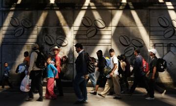 600 студентів два роки навчались у фейковому університеті. Його створив уряд США, щоб виявити нелегальних мігрантів