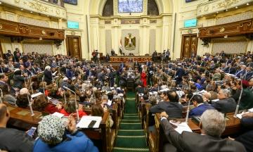 Парламент Єгипту приймає поправки до Конституції, які дозволять президенту ас-Сісі правити до 2030 року