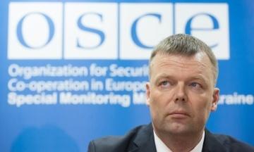 «Конфлікт на Донбасі не заморожений, але мало що змінилося за чотири роки». Хуг підбив підсумки роботи у місії ОБСЄ в Україні