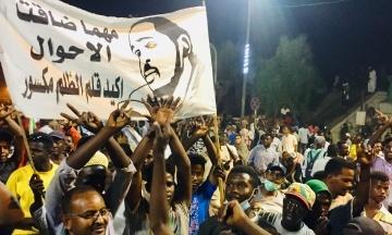 Військовий переворот у Судані: армія взяла під арешт президента аль-Башира. Він правив країною 30 років