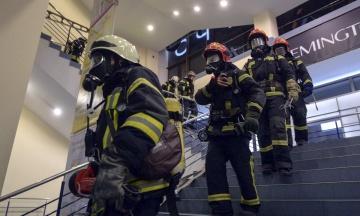 В Киеве эвакуировали 600 человек из универмага «Украина». Бомбу не нашли