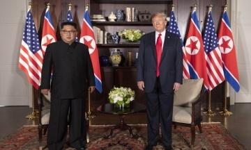 Bloomberg: Трамп та Кім Чен Ин мають зустрітися у В'єтнамі