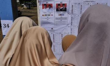 В Індонезії тривають наймасштабніші для країни вибори. 193 млн громадян обирають президента та законодавців