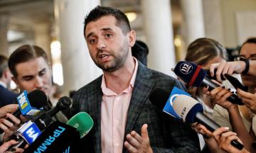 Глава фракции СН Арахамия: Главу Минздрава Степанова отправят в отставку из-за проваленной вакцинации