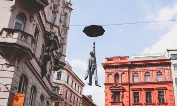 У Чехії після місяців локдауну почали послаблювали карантин. Відкриваються школи та магазини