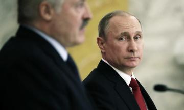Bloomberg: Путін планує створити об'єднану з Білоруссю державу, щоб залишитися президентом після 2024 року
