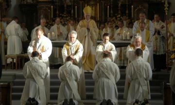 Священики розбещували дітей в штаті Пенсільванія 70 років. Від педофілів постраждали більше 1000 осіб