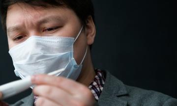 Ще дві медсестри підхопили коронавірус у японській лікарні. Осередок зараження зріс до 14 осіб