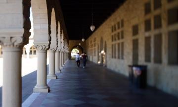 Єль, Стенфорд та інші елітні університети потрапили під розслідування після скандалу з хабарями від американських мільйонерів і кінозірок