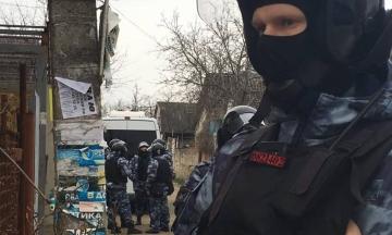 ФСБ снова обыскала и задержала по меньшей мере пятерых крымских татар