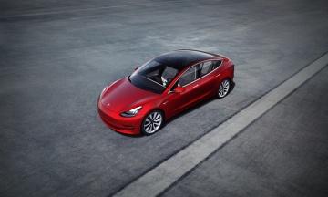 Tesla Model 3 стал доступнее на $1100. Компания второй раз за год снизила цены