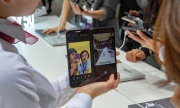 LG показала свою складану новинку — смартфон з відстібним другим екраном