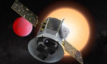 Телескоп TESS виявив дві молоді планетні системи