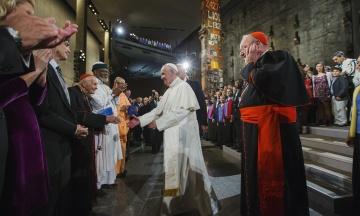 Секс-скандал у Ватикані: архієпископ заявив, що Папа знав про розбещення семінаристів. У відповідь його звинуватили в наклепі