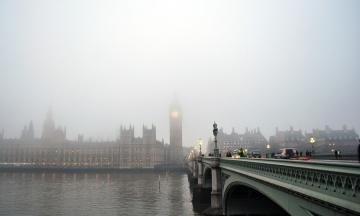 «Brexit сейчас!» В Лондоне «желтые жилеты» блокируют Вестминстерский мост