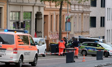 Чоловік, який напав на синагогу в німецькому Галле, отримав довічний термін. Він транслював свій теракт в інтернеті