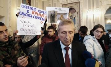 НАЗК почало перевіряти декларації ректора КПІ. Його звинувачують у приховуванні майна за кордоном