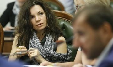 Нардеп Сюмар: Порошенко отримає опціон на купівлю телеканалу «Прямий»