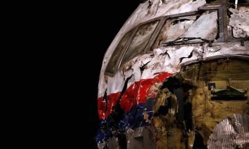 За день до крушения рейса МН17. Премьер Яценюк в освобожденном Славянске, палаточный городок на Майдане, доллар по 11 гривен. Что происходило 16 июля 2014 года