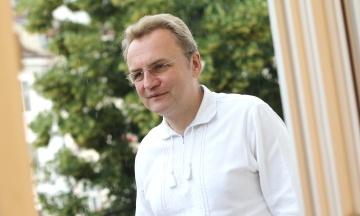 Садовый: Львов не будет покупать 100 автобусов беларусского МАЗа — не хочет спонсировать режим Лукашенко