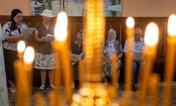 МВС: Великодня ніч минула спокійно, богослужіння відбулися у 13 тисячах храмів