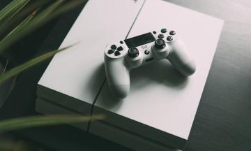 Учені розробили відеогру, яка впливає на мозок школярів. Дослідженням керував близький друг Далай-лами