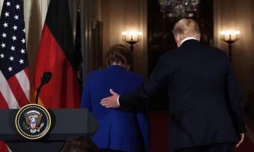 Вночі: Трамп і Меркель обговорили Україну, до Венесуели прибули російські військові, а в Таїланді завершилися перші після перевороту вибори
