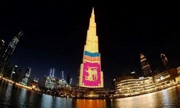 У Дубаї найвищий хмарочос у світі підсвітили прапором Шрі-Ланки