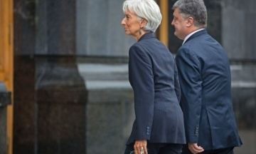 МВФ назвав конструктивними переговори з владою України і пообіцяв їх продовжити. Але не уточнив коли