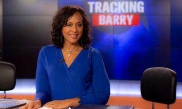 В США в авиакатастрофе погибла американская телеведущая. Она снимала сюжет с пилотом-каскадером