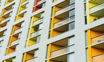 The Guardian: TripAdvisor рекламирует отели, персонал которых обвиняют в сексуальном насилии