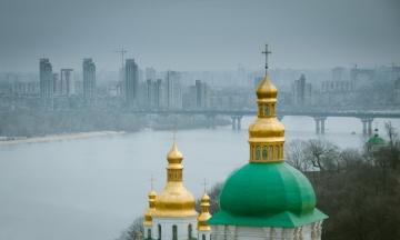 Киевский сквер на Андреевском спуске получил имя Василия Слипака. Переименуют еще ряд улиц