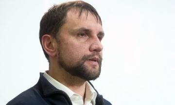 Вночі: Кличко продав екскурсію по Києву за $50 тис., у Венесуелі впав військовий вертоліт, а В'ятрович виступив проти інавгурації 19 травня