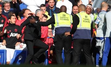 Моуріньо затіяв бійку з тренерами «Челсі», і це порівняли з картиною Караваджо. До чого тут «Юда»?