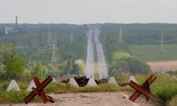 На Донбассе на неизвестном устройстве подорвался украинский военный