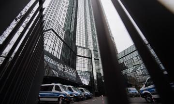 Полиция Германии обыскала офисы Deutsche Bank по делу Panama Papers