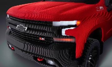 У США зібрали Chevrolet Silverado з Lego в натуральну величину. На це витратили майже три місяці