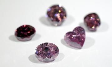 В Австралии закрывают крупнейший в мире рудник розовых бриллиантов